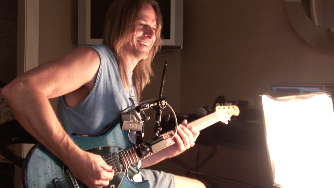 Watch The Steve Morse Interview, Chapter 6: Arpeggio Picking